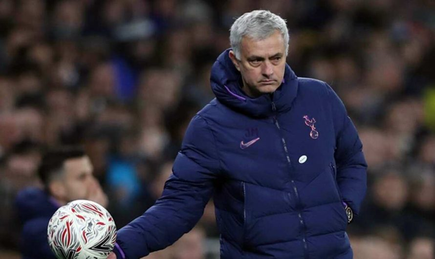 Jose Mourinho brushes off critics, says he's still one of most important managers