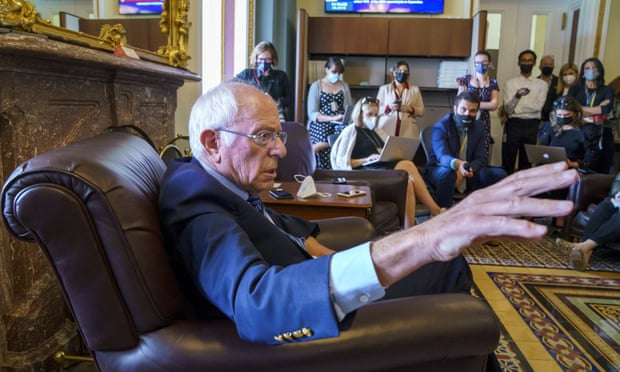 Manchin hits back at Sanders criticism in fight over Biden investment plan